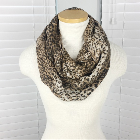 unknown Accessories - Leopard Infinity Scarf